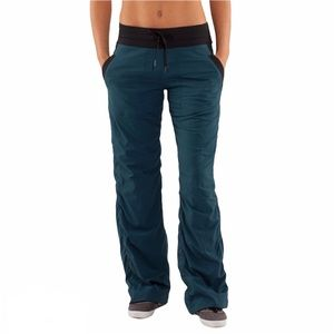 Lululemon Dance Studio Pant Lined Alberta Lake 8